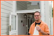 Happy shop owner who was munching on a tasty treat from Kitcheners across that road where I had breakfast and coffee from Sue!! Thank...
