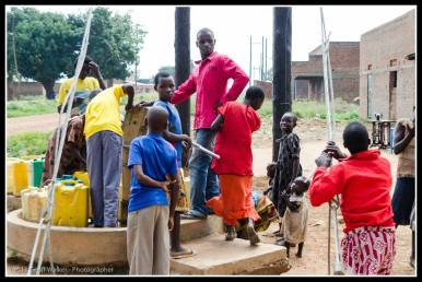 Kids at the borehole in Rackoko